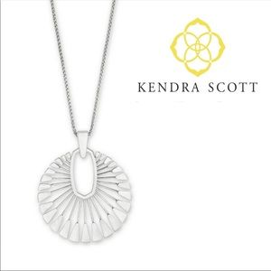 Kendra Scott Silver Deanne Necklace with bag